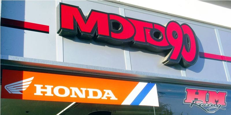 Moto 90